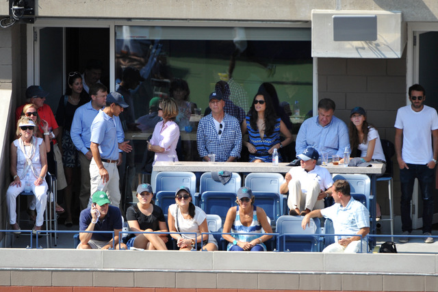 Bruce Willis watched the first men's semifinal between Novak Djokovic and Kei Nishikori.